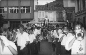 Procesión de la Virgen de Gracia, 1978. En primer término la banda de la Hermandad.